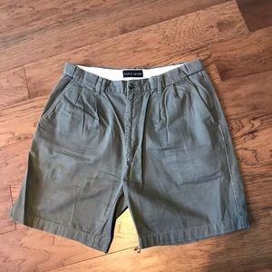 Men's brown pleated khaki shorts